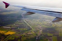 крыла плоскости земли Стоковые Фотографии RF