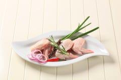 крыла цыпленка сырцовые стоковая фотография rf