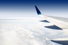 Крыло авиалайнера пассажира двигателя Стоковая Фотография RF