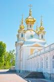 крыло petrodvorets дворца церков грандиозное Стоковые Изображения RF