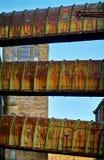 Крытые мосты на покинутой мельнице Стоковое Фото