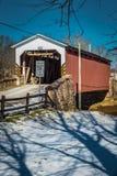 Крытый мост мельницы Weaver's стоковая фотография rf