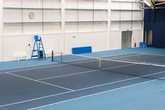 Крытый теннисный корт Стоковая Фотография