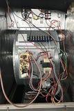 Крытым система AC централи связанная проволокой вентиляторным двигателем стоковые фото