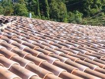 Крыть черепицей черепицей крыша Тоскана Стоковая Фотография RF