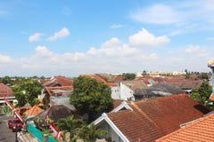Крыша и небо в после полудня Стоковые Изображения