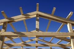крыша конструкции под деревянным Стоковое фото RF