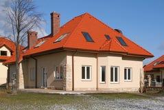 крыша красного цвета дома Стоковое Изображение RF