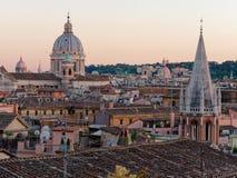Крыша купола corso al Рима San Carlo панорамы Стоковые Изображения