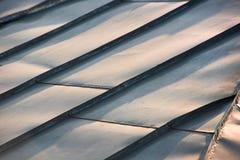 Крыша металла с нервюрами стоковые фотографии rf
