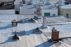 Крыша Нью-Йорка на яркий и солнечный день, крупный план, бронкс, NY стоковая фотография