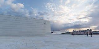 Крыша оперного театра Осло стоковое изображение rf