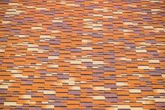Крыша от пестротканых битумных гонт Сделанные по образцу гонт битума стоковое изображение
