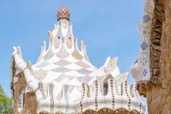 Крыша павильона на входе, архитектор Gaudi, Барселона, Стоковая Фотография