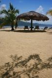 крыша пляжа thatched зонтик Стоковое фото RF