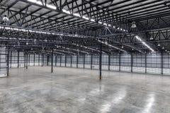 Крыша пустого склада Стоковые Изображения