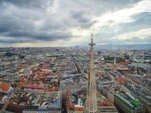 Крыша собора ` s St Stephen, вены, Австрии Стоковые Фотографии RF