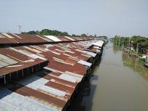 Крыша цинка стоковая фотография