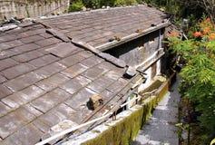 Крыша шифера традиционного дома стоковое изображение rf