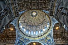 Крыша St Peter, церков в Ватикане Стоковая Фотография