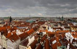 Крыши Праги стоковые изображения