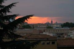 Крыши Рима на заходе солнца стоковое фото