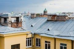 Крыши Санкт-Петербурга, России Стоковое Изображение