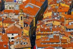 Крыши терракоты старого городка, Vieille Ville в славном на th Стоковые Изображения RF