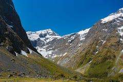 Крышка снега горы стоковое изображение