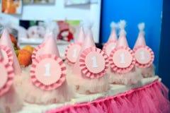 Крышки для того чтобы отпраздновать первый день рождения Вечеринка по случаю дня рождения концепции, ch Стоковая Фотография RF