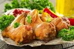 крыла курят цыпленком, котор Стоковое Фото