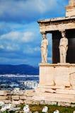 Крылечко кариатид в Афинах стоковые изображения rf