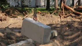 Крюк бетона крана акции видеоматериалы