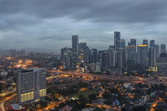Куала-Лумпур, Малайзия - январь 2016: Взгляд хмурого города Куалаа-Лумпур Стоковые Изображения RF