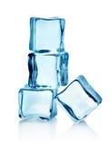 Кубики льда группы стоковые фотографии rf