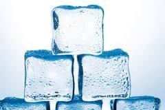 Кубики льда стоковые изображения