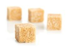 Кубики тростникового сахара Brown стоковое изображение