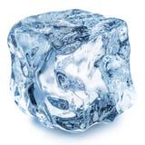 кубик падает вода льда Путь клиппирования стоковые изображения rf