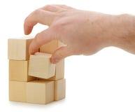 кубик устанавливает руку деревянную стоковое фото rf