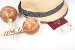 Кубинськая сигара и шляпа Стоковые Фото