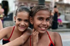 Кубинськие девушки с платьями фламенко Стоковое фото RF