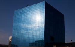 кубический стеклянный офис Стоковые Изображения