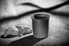 Кубок и хлеб Стоковое Изображение