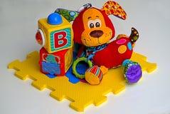 Кубы детей, игрушки стоковые изображения
