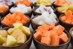 Кубы картошки сладкого картофеля и золота Юкона Стоковые Фото