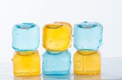 Кубы льда в цвете Стоковые Изображения