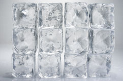 Кубы льда стоковые изображения