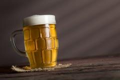 Кувшин светлого пива Стоковые Изображения RF