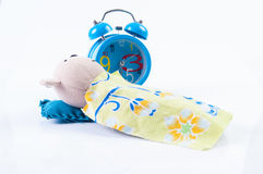 Кукла и часы Стоковая Фотография