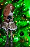 Кукла с шариком рождества Стоковое Фото